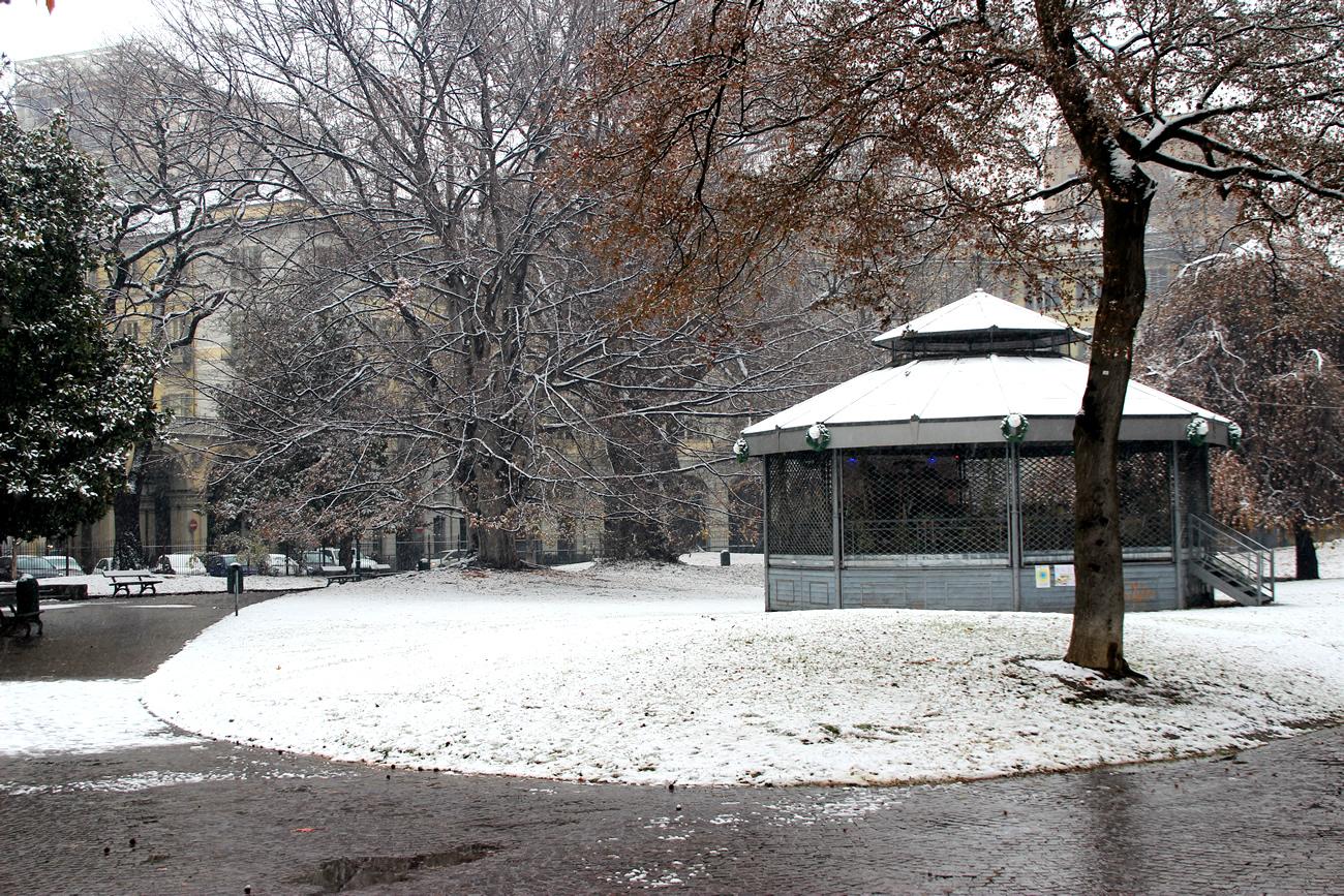 foto-neve-torino-piazza-carlo-felice-3