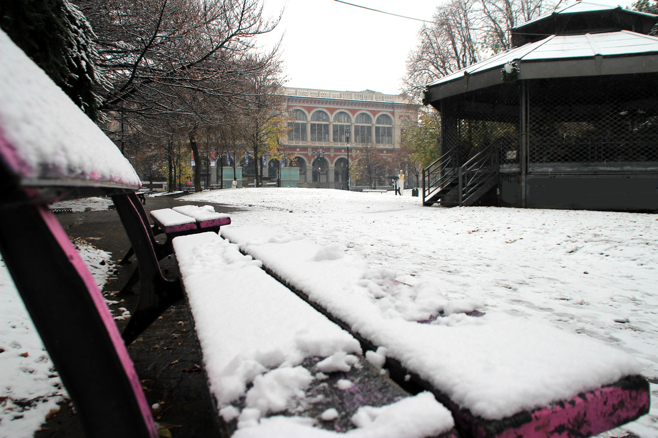 foto-neve-torino-piazza-carlo-felice-7