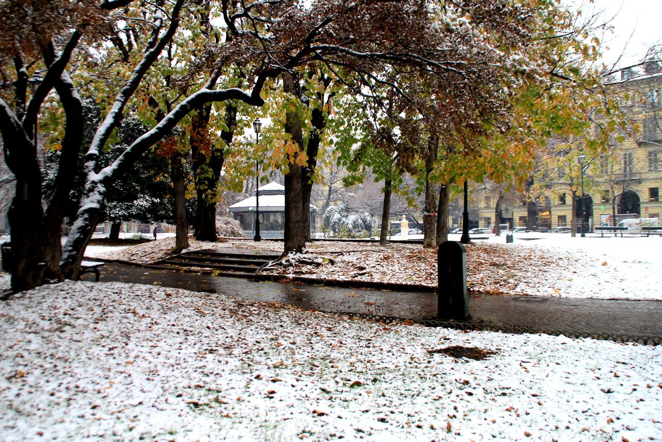 foto-neve-torino-piazza-carlo-felice